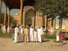 Makam Hadrat Syaikh Abdul Khaliq al Ghujdawani, qs.