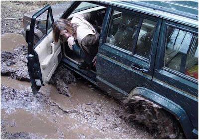 imagem mulher carro