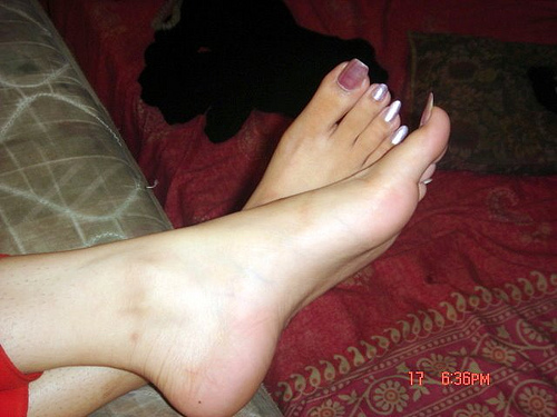 Beautiful Soles http://indiangirlfeetsoles.blogspot.com/2011_01_01_archive.html