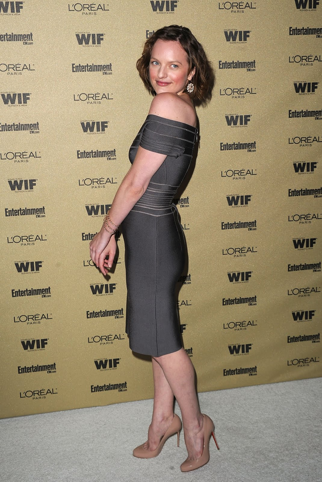 Elisabeth Moss Women In Film Pre Emmy Party 014 123 193lo This is what you get when you add together 5 nights of inadequate sleep, ...
