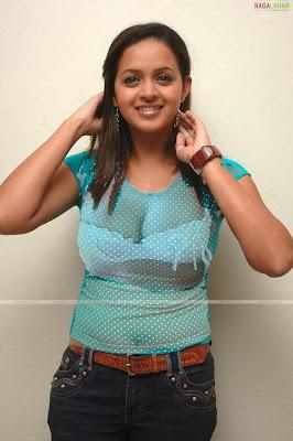 http://3.bp.blogspot.com/_LTy9JX862zk/SjAL2upKaPI/AAAAAAAABTg/PA1JlloR-FM/s400/bhavana.jpg
