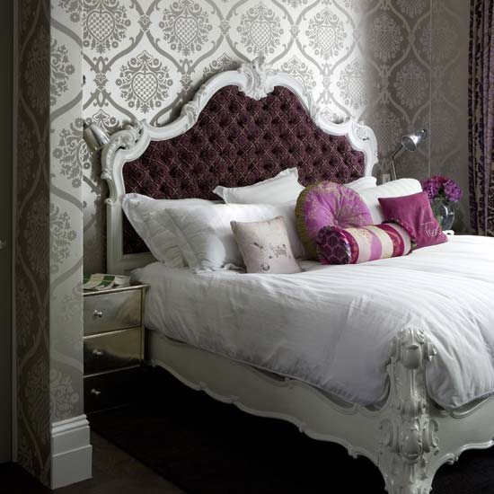 wallpaper ideas for bedroom. patterened wallpaper from