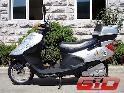 GIO Electric bike/Scooter for sale in Vancouver, British Columbia
