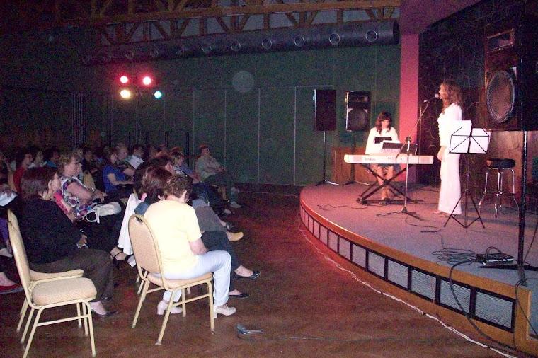 29/10/2009 En el salón del Automóvil Club Argentino - Las Grutas