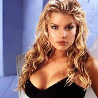 Hot and Sexy photos of Jessica Simpson