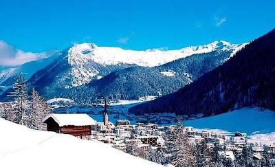 http://3.bp.blogspot.com/_LWBvf8x34us/SciETOtQORI/AAAAAAAAAuc/CUCTNktyC_Q/s400/Davos+Platz.jpg