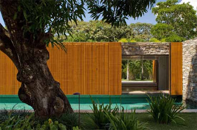Bahia House in Brazil by Marcio Kogan