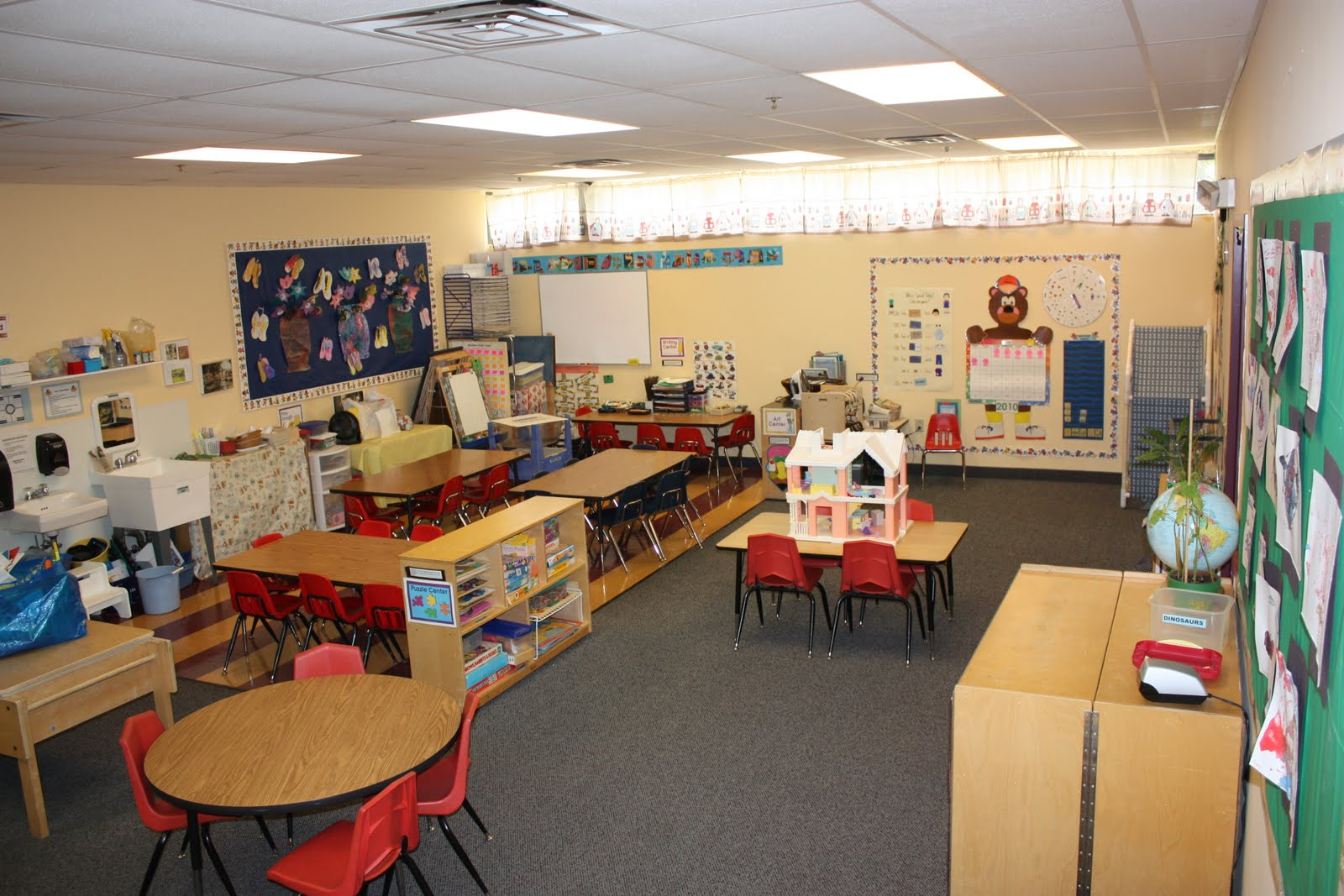 Classroom Design In Kindergarten ~ Home design letsroll preschool classroom