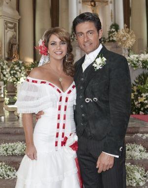 Rosendo interrumpe la boda de Valentina y José Miguel, pero ellos ...