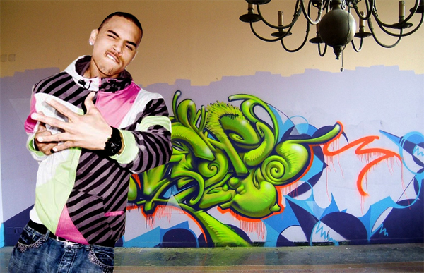 chris hemsworth workout_10. Graffiti Name Chris