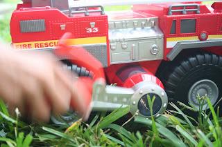 Tonka Strong Arm Fire Engine