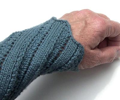 Lace Wristlets Knitting Pattern : 1884 Knitted Lace Sample Book: 8. Wristlets
