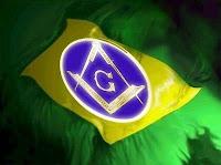 """""""Deles, para eles, por eles"""": Conheça aqueles que manipulam a política do Brasil"""