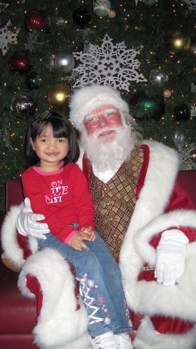 Tianna Meets Santa