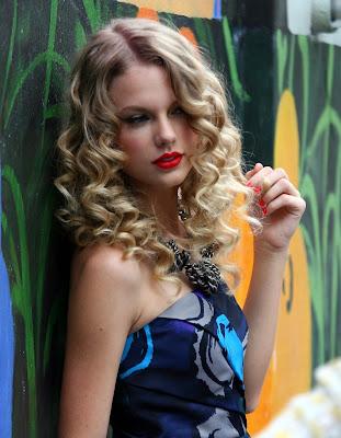 miley cyrus 2011 hair color. Miley Cyrus 2011 Haircut