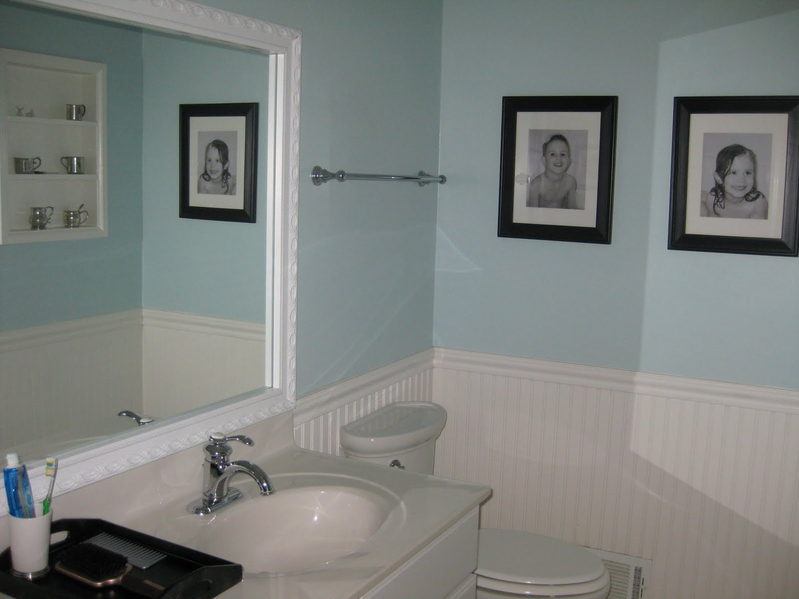 Mirrormate frames an inch of gray blog bathroom makeover for Small bathroom makeovers