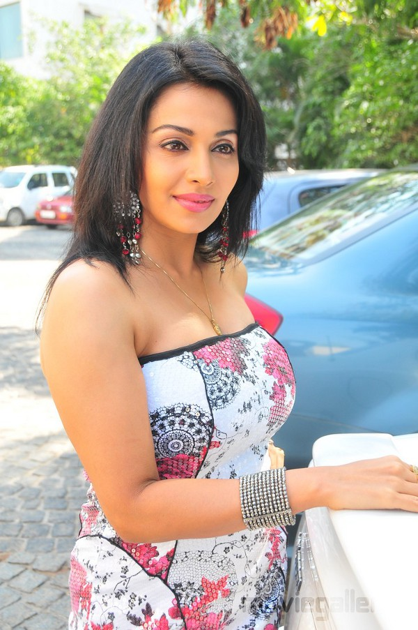 Asha Saini Mayuri Latest Hot Stills