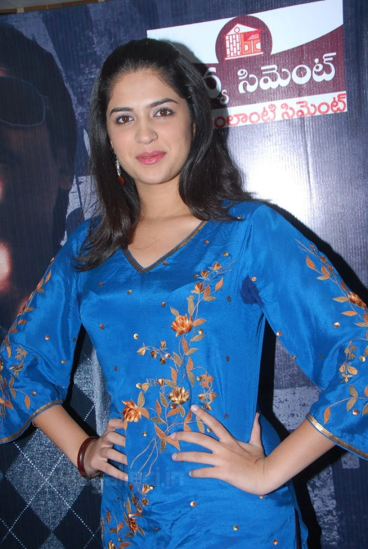 Deeksha Seth at Wanted Movie T-shirt &amp; Cup Launch