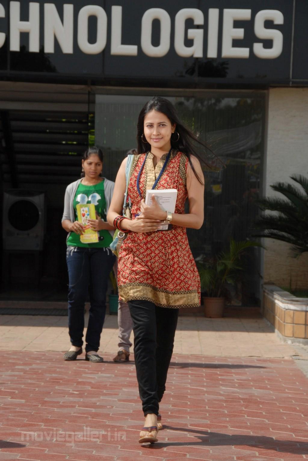 , Panchi Bora In Saree Stills