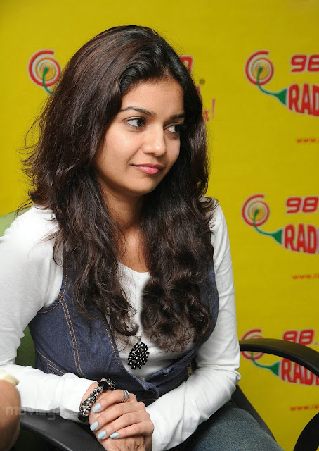 98 3 Radio Mirchi Hyderabad. Radio Mirchi colors swathi