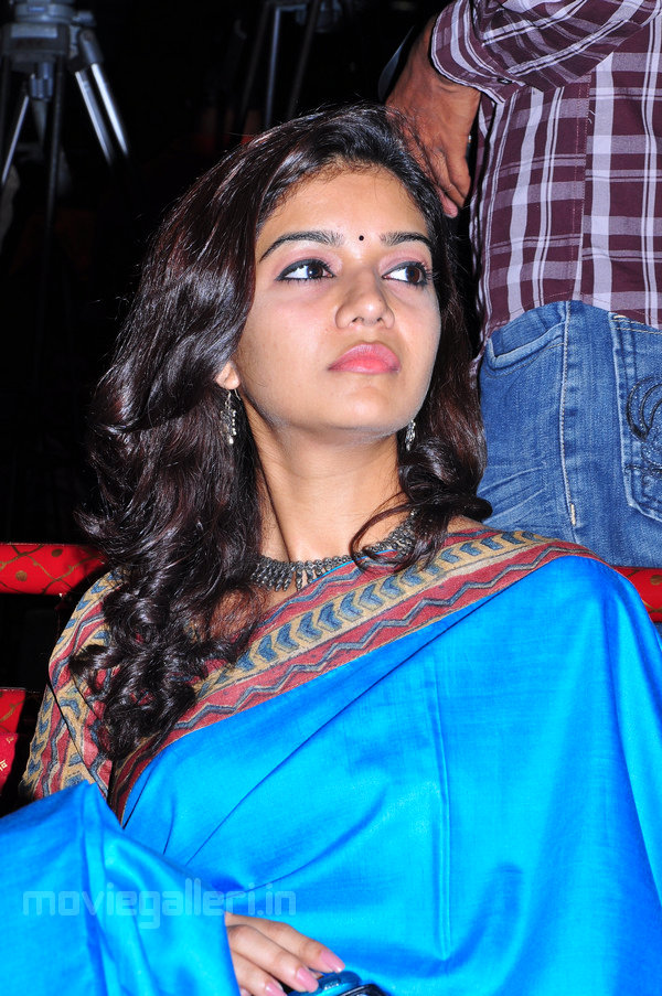 , Swathi Latest Images in Blue Saree
