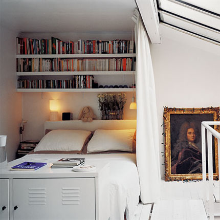 Sleeping Book Nook Content In A Cottage