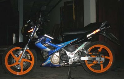 modif 2011 SUZUKI SATRIA FU