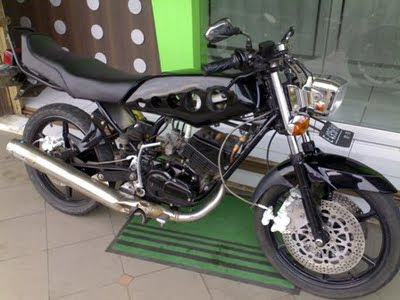 Gambar Modif black Yamaha RX King gallery