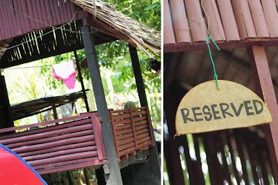 Pondok buluh (wakaf) yang direserved untuk kami. RM15 untuk 1 pondok ...