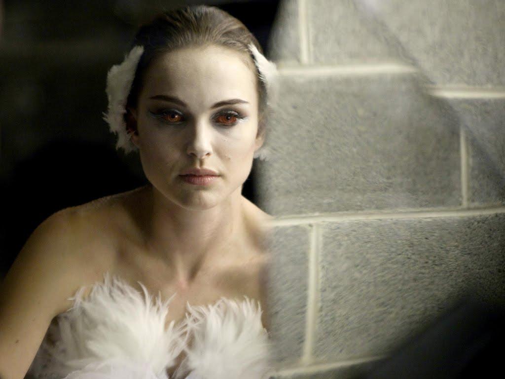 http://3.bp.blogspot.com/_Lb_wTawLm4s/TSOH-ka_TGI/AAAAAAAAAMc/xhMsfYyJqd4/s1600/black-swan-movie-wallpaper-1-903802.jpeg