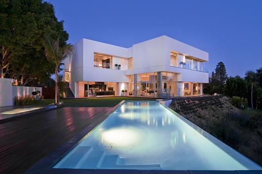 Arquitectura moderna mans o de luxo em la para milion rios for Casas modernas los angeles