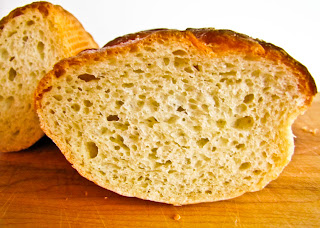 Contrast in taste food