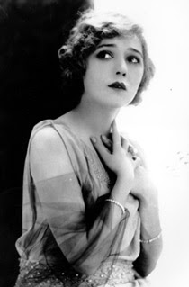 Famous Actresses of the 1920's: Mary Pickford