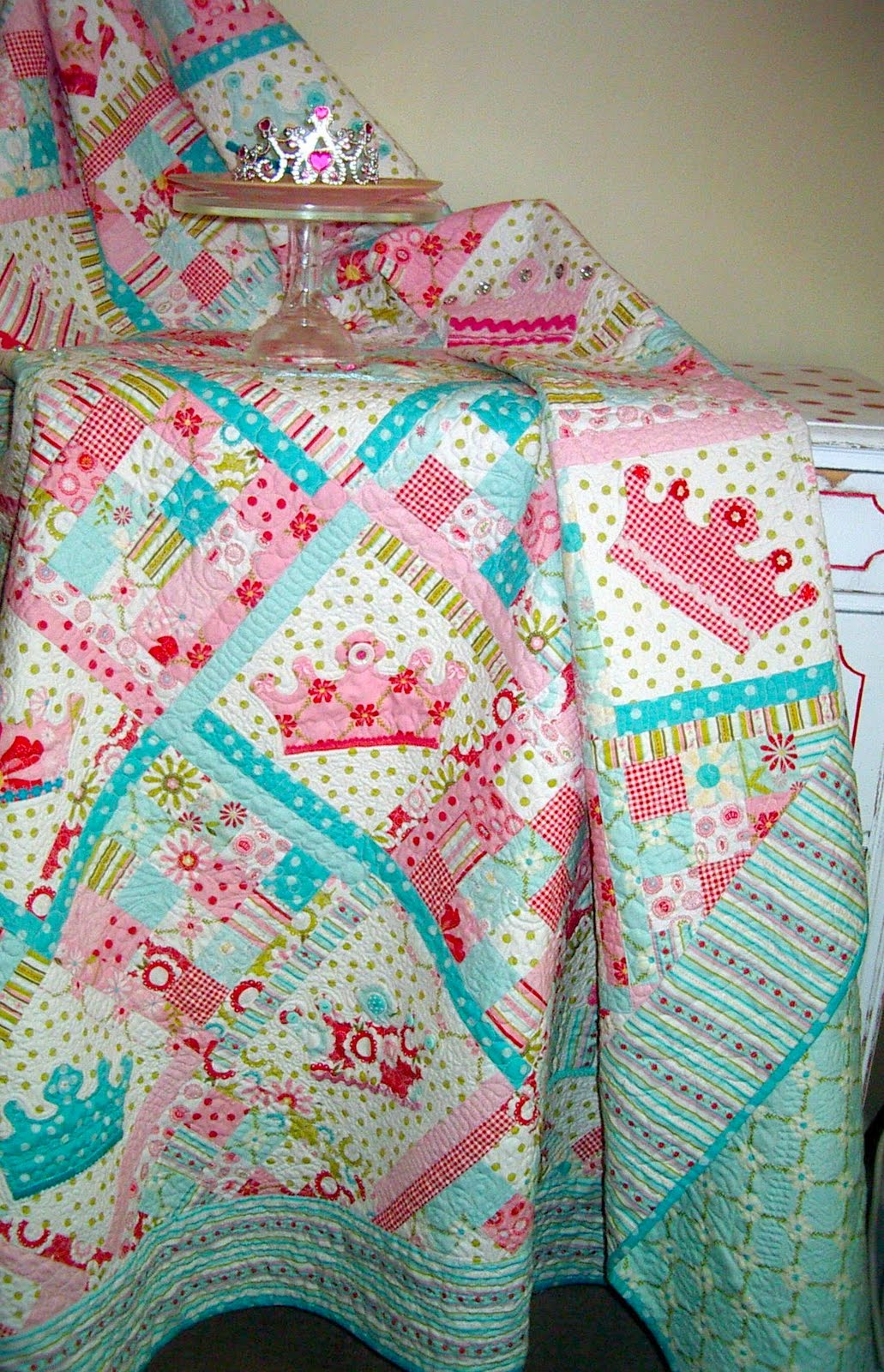 is in stores now and it was my inspiration for the quilt design Princess Quilt Patterns Free