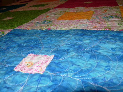 Garden Squares quilt, textural view