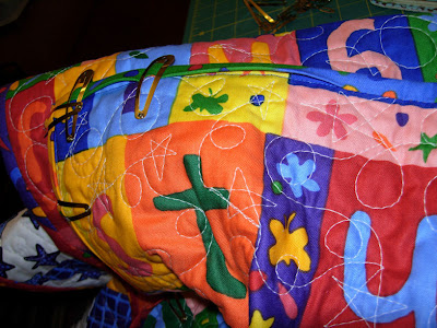 binding along on the Maisy quilt
