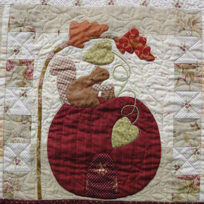 Autumn House block 8 quilted