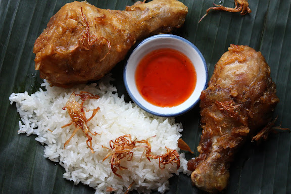 Thai-Style Fried Chicken - Gai Tod (ไก่ทอด) - SheSimmers