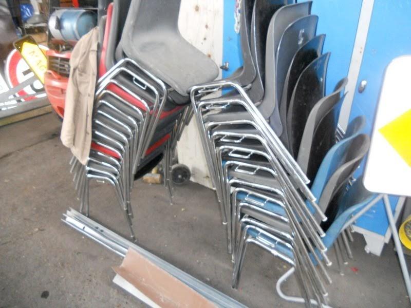Fosmat mat riels d 39 occasion t l 06 09 24 27 76 lot chaise coque plast - Chaises coques occasion ...