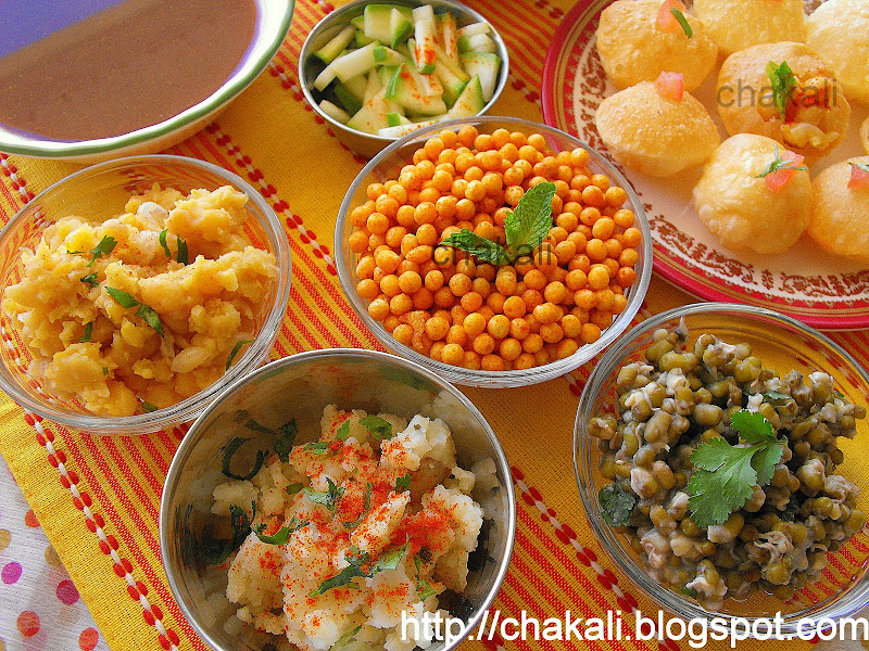 Golgappa Mumbai's chaat food