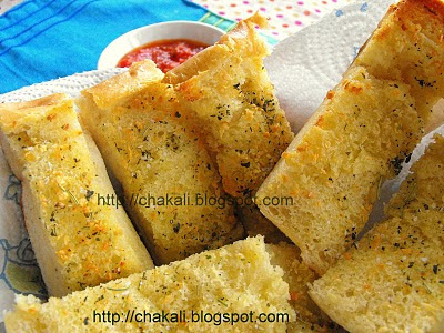 bread recipe, garlic bread, homemade garlic bread, home style garlic bread