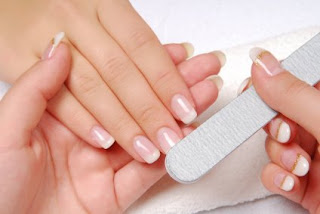 Video showing basics of nail care for women