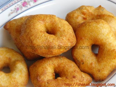medu vada sambar, south Indian recipe, Medu Vada, Medhu Wada