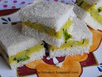 bread pakoda, pavachi bhaji
