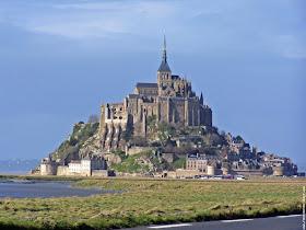 http://3.bp.blogspot.com/_LlYR7L4H1CY/TFs7DsnDmjI/AAAAAAAAC3M/LgS2PaQnQUU/s1600/galerie-membre,france-mont-saint-michel,mt-saint-michel.jpg