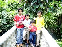 saya dan adik-adik