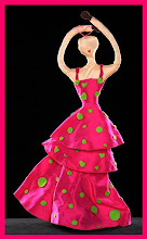 Agatha diseña una muñeca para ser subastada y recaudar fondos para UNICEF!