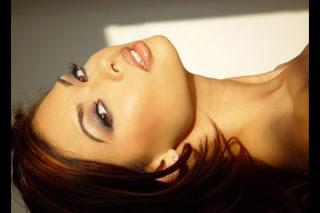 foto panas Tera Patrick di film rintihan kuntilanak perawan