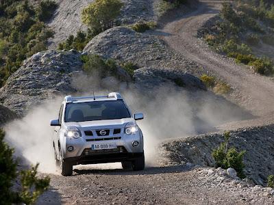 http://3.bp.blogspot.com/_LpVJVQkiYjc/TJnf8cyOtAI/AAAAAAAACGU/_vEjqa2FIbA/s1600/Nissan-X-Trail_2011_08.jpg