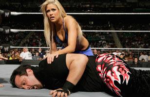 http://3.bp.blogspot.com/_LqeHOtAFcKU/SA8nPv3TIPI/AAAAAAAAA8M/Cl1EjXPwqVM/s320/150px-Edge_World_Heavyweight_Champ.jpg